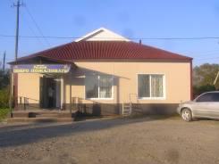 Продаётся действующий магазин в с. Перетино. Село Перетино, улица Черняховского, р-н Партизанский, 143,0кв.м.