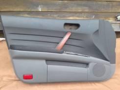 Обшивка двери передняя правая Nissan Teana