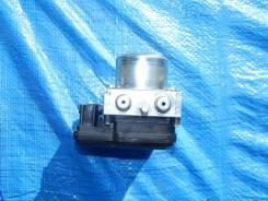 Блок abs. Nissan Leaf, ZE0, AZE0 Двигатели: EM57, EM61