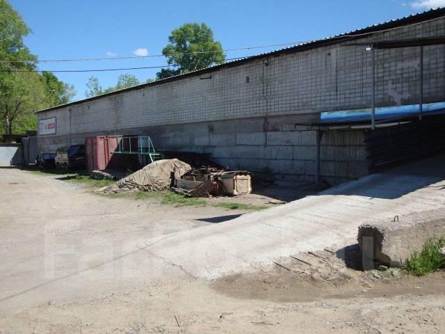 Большой гараж в центре