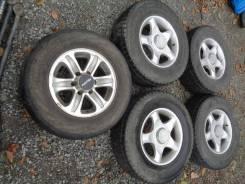 Комплект колес НА Литье Geomax с зимней резиной Yokohama 245/70R16