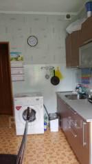 2-комнатная, улица Полтавская 12. Автобаза, частное лицо, 31кв.м.