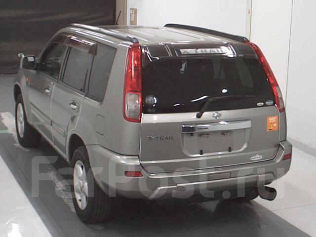 Стекло багажника правое Nissan X-Trail