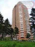 3-комнатная, улица Адмирала Горшкова 24. Снеговая падь, проверенное агентство, 77кв.м. Дом снаружи