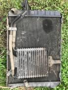 Радиатор охлаждения двигателя. Toyota Hiace Двигатель 1KZTE