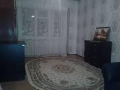 1-комнатная, улица Дзержинского 85. Кировский, частное лицо, 32кв.м.