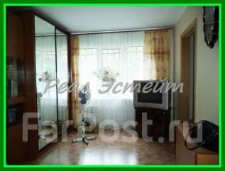 3-комнатная, улица Сахалинская 43. Тихая, агентство, 48кв.м. Комната