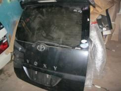 Дверь багажника Toyota Voxy AZR60
