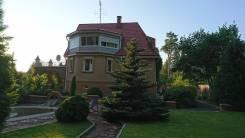 Теплый, уютный дом с постоянной регистрацией ЛО. Парковая улица, р-н Курортный, площадь дома 235кв.м., централизованный водопровод, электричество 10...