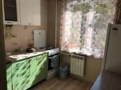 1-комнатная, улица Баляева 36. Третья рабочая, частное лицо, 35кв.м. Кухня