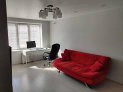 2-комнатная, улица Нейбута 137. 64, 71 микрорайоны, частное лицо, 50кв.м.