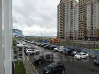 3-комнатная, улица Вахова А.А 8в. Индустриальный, частное лицо, 70кв.м.