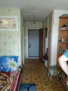 Гостинка, улица Хабаровская 29а. Первая речка, частное лицо, 14кв.м. Комната
