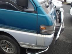 Крыло переднее Mitsubishi Delica P35W 4D56T
