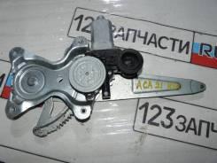 Стеклоподъемник задний правый Toyota RAV4 ACA21