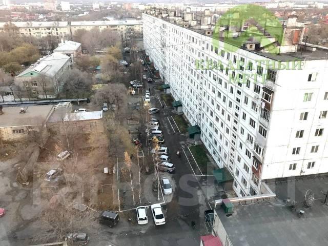 3-комнатная, улица Ленина 120. Центр, агентство, 71кв.м. Вид из окна днём