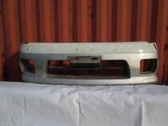 Бампер передний на Nissan Serena C24, серебристый