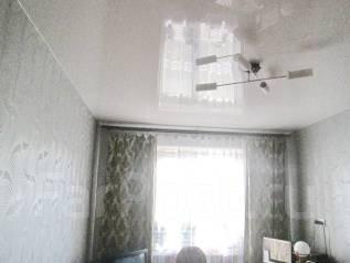 2-комнатная, улица Нейбута 15. 64, 71 микрорайоны, агентство, 54кв.м.