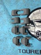 Крышка петли сиденья. Toyota Crown Majesta, JZS177, UZS171, UZS173, UZS175 Toyota Crown, JZS177, UZS171, UZS173, UZS175 Toyota Aristo, JZS160, JZS161...