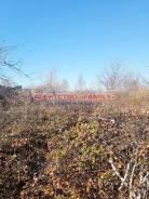 Продается участок 8 соток, рядом вся цивилизация, недалеко трасса. 800кв.м., собственность, от агентства недвижимости (посредник). Фото участка