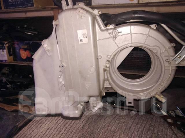 Испаритель кондиционера с корпусом с аукционного автомобиля Toyota Ipsum