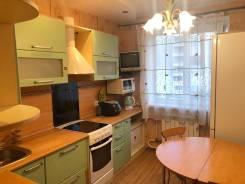2-комнатная, улица Адмирала Кузнецова 53. 64, 71 микрорайоны, частное лицо, 51кв.м.