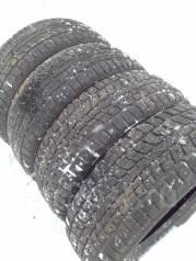 Dunlop SP Winter ICE 02. Зимние, шипованные, 2015 год, 30%, 4 шт