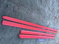 Накладка на боковую дверь. Toyota Corolla Fielder, NZE121, NZE121G