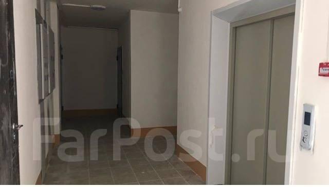 1-комнатная, улица Выгонная 12. Междуречье, агентство, 39кв.м. Подъезд внутри