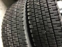 Dunlop SP020a, 10R20 LT 14p.r Цена за Пару! =Japan=. Зимние, без шипов, 2010 год, 30%, 2 шт