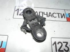 Крепление переднего стабилизатора Nissan Qashqai NJ10