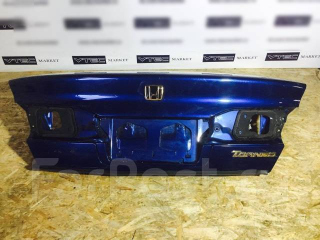 Крышка багажника. Honda Torneo, CF5, CF3, CL1, CL3, CF4 Двигатели: F20B, F18B, H22A
