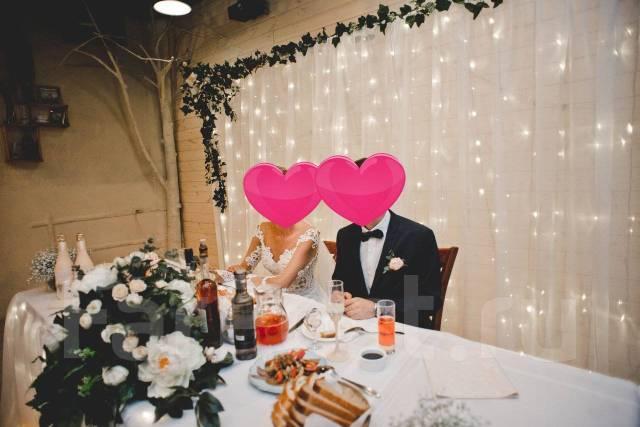 Продам декор для свадьбы. Ширма/пресс-волл/цветы/юбка на стол