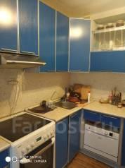2-комнатная, улица Сабанеева 15. Баляева, частное лицо, 49,9кв.м. Кухня