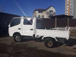 Toyota Dyna. Двухкабинный бортовой грузовик Toyota DYNA, 3 000куб. см., 1 200кг., 4x2
