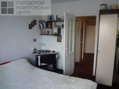2-комнатная, улица Адмирала Горшкова 4. Снеговая падь, проверенное агентство, 72кв.м.