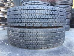Bridgestone W900. Зимние, без шипов, 2013 год, 10%, 2 шт