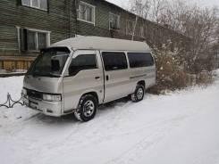 Nissan Caravan. Продаётся микроавтобус , 12 мест