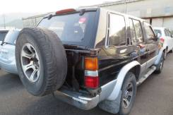 Крепление запасного колеса. Nissan Terrano, LBYD21, MG21S, VBYD21, WBYD21, WD21, WHYD21