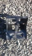 Крепление аккумулятора. Lexus GS450h, GWL10