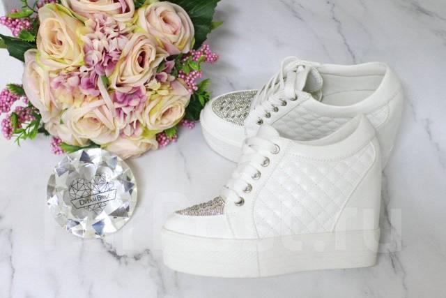 117eb386d Свадебная обувь. Ботиночки на танкетке - Свадебные платья, костюмы и ...