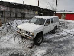 Nissan Datsun. механика, 4wd, 2.7, дизель