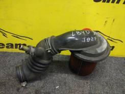 Патрубок воздухозаборника. Nissan Terrano Двигатели: TD27, TD27ETI, TD27T, TD27TI