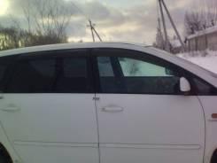Продам дверь боковую правую в сборе Toyota Ipsum ACM