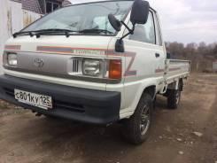 Toyota Lite Ace. Продаётся Toyota Town Ase 4WD 98г, 2 000куб. см., 1 000кг., 4x4