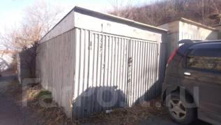 Продается земельный участок с гаражом в Центре. 364кв.м., собственность, электричество, от агентства недвижимости (посредник). Фото участка