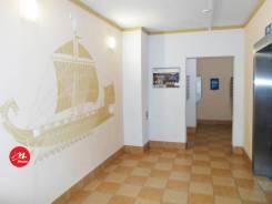 3-комнатная, улица Мурата Ахеджака 6. Южный, 15 мкрн., агентство, 80кв.м.