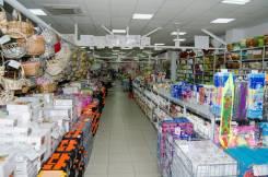 Сниму под склад-магазин помещение от 1000кв. м. можно в пригороде