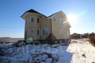 Жилой дом площадью 414 кв. м. Улица Мазуренко 9, р-н с. Мичуринское (9 км от Хабаровска), площадь дома 414кв.м., скважина, отопление жидкотопливное...