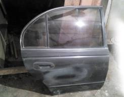 Дверь в сборе на Mitsubishi Е57А задняя, правая